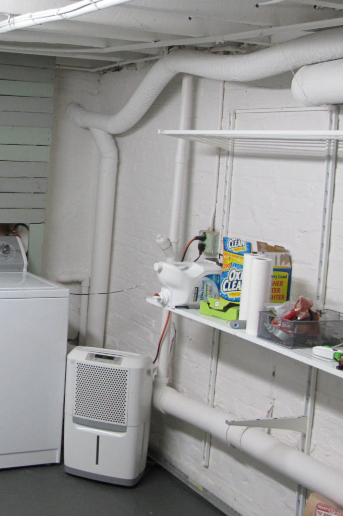 IKEA ALGOT as simple basement laundry room storage