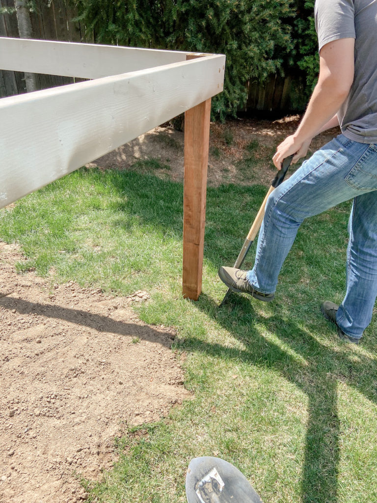 Installing a playhouse deck in the backyard | EffieRow.com